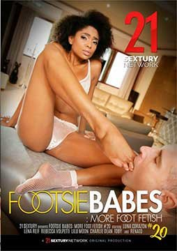 Footsie Babes: More Foot Fetish 20   Флиртующие Малышки: Больше Фетиша Ног 20 (2020) WEB-DL