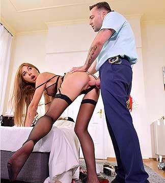 Marilyn Crystal - Foot Fetish Fucking Cop (2019) HD 2160p