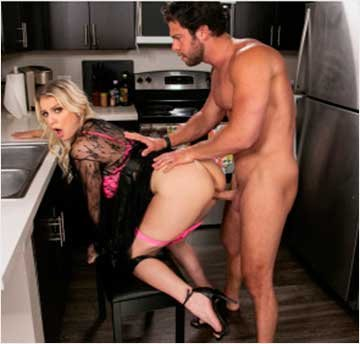 Kenzie Taylor - Kenzie Chooses Dick Over Dishes (2020) SiteRip