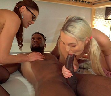 Kitana Lure, Lovita Fate - Blonde Teen and the Black Bull (2020) SiteRip