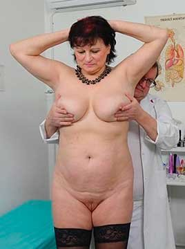 Diana Barrett - Big busty countrywoman gets huge orgasm and squirts in gyno chair (2020) HD 1080p