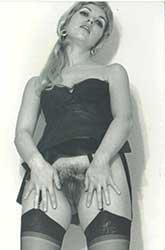 Ретро Фото Девушек и Женщин с Волосатыми Кисками [371 x 377 до 696 x 1446] [1145 Фото] JPG